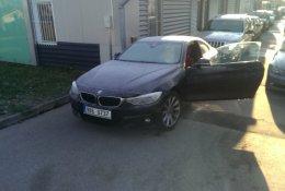 Otevření vozu BMW v zimě