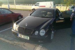 Otevření modelu Mercedes-Benz Třídy C